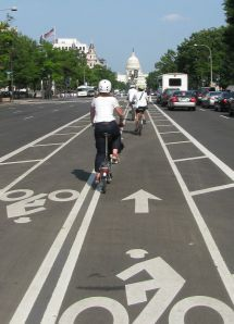 Richmond visitors enjoy the innovative 2-way buffered bike lane on Pennsylvania Avenue.